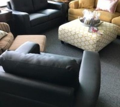 Coaster small love Seat and Chair!