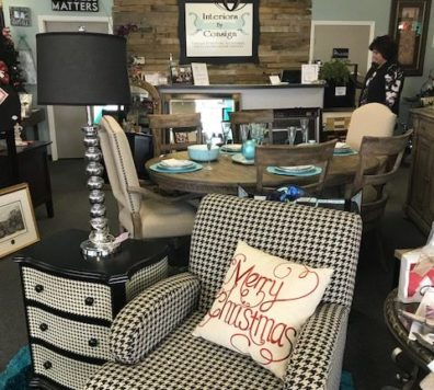 Houndstooth chair and side table in like new condition!