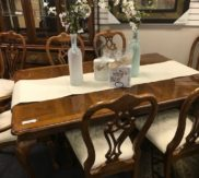 Thomasville table with 8 chairs, 2 leaves