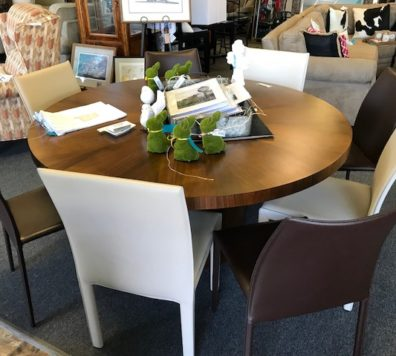 Crate and Barrel table! 60 in round!