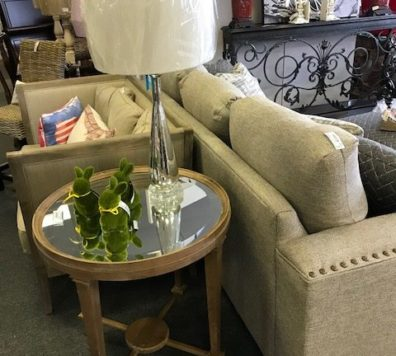 26 in round mirrored side table